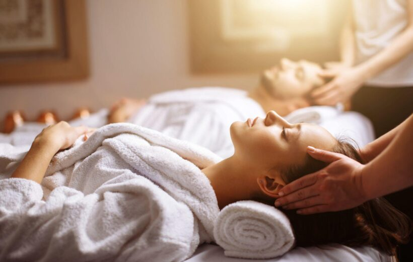 HURGHADA: COUPLE'S MASSAGE PACKAGE WITH HOTEL PICKUP