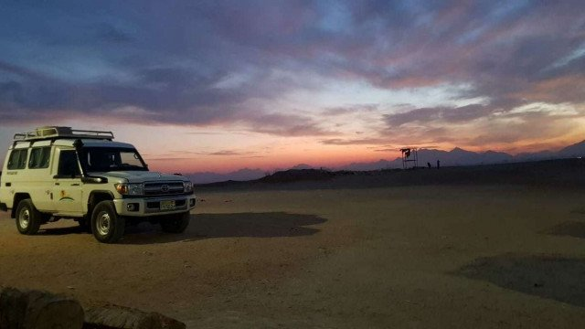 Hurghada: Star Watching Desert Adventure Trip by Jeep with Dinner