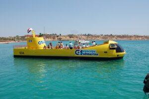 El Gouna: Day Trip with Semi-Submarine