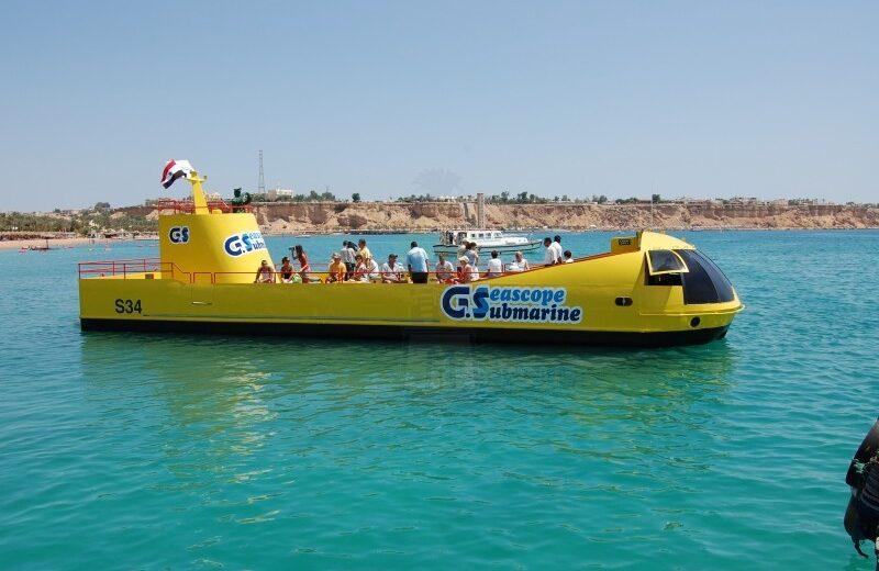 El Gouna: Sea Scope Submarine Trip with Drinks and Snorkeling