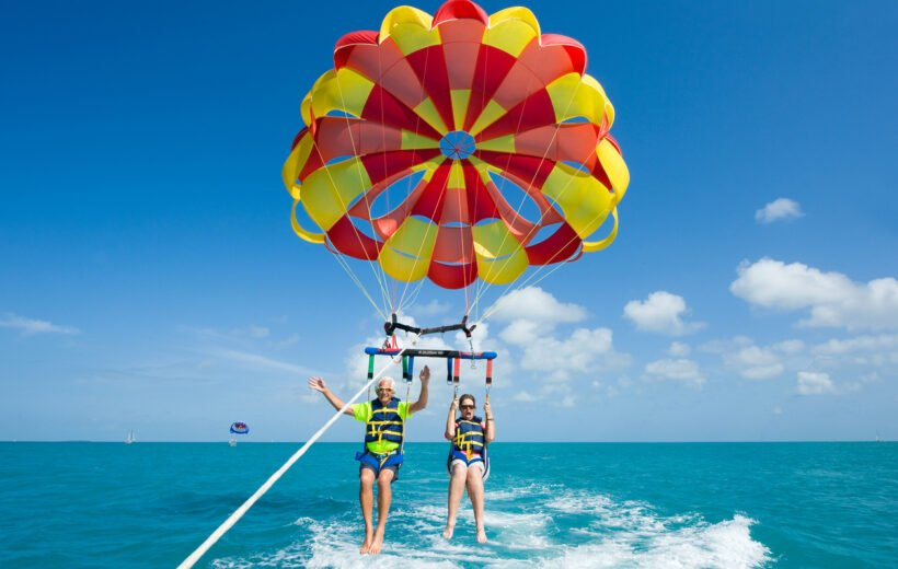 Hurghada: Parasailing Adventure with Hotel Pick up