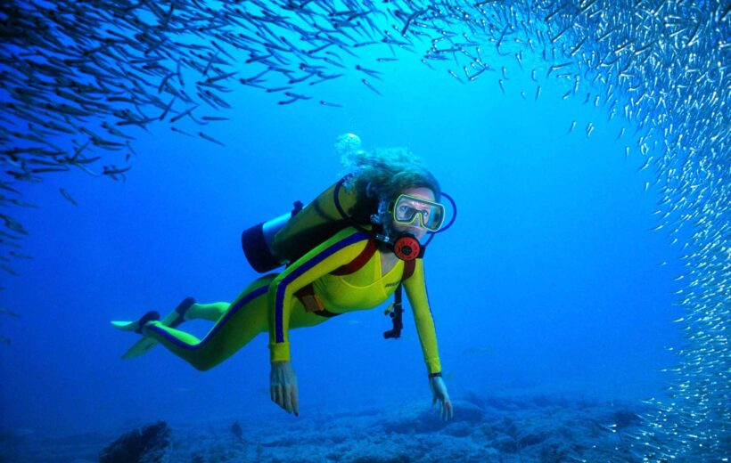 HURGHADA: 1 OR 2-DAY DIVING PACKAGE WITH PICKUP AND MEALS