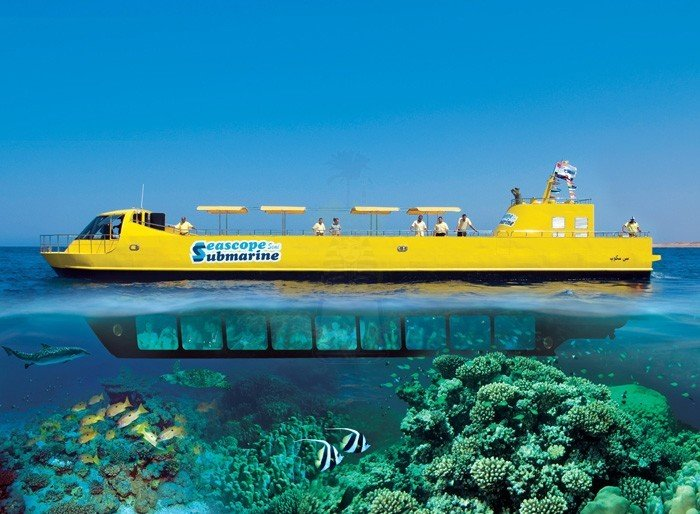 Soma Bay: Sea Scope Submarine Trip with Drinks and Snorkeling