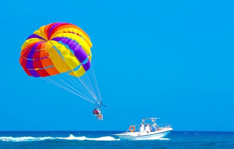 Hurghada: Super Extreme Tour Quad Safari & Parasailing