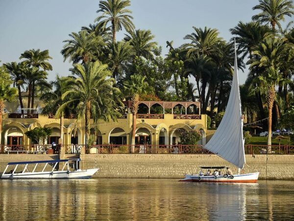 Hurghada: Day Trip To Luxor Highlights And Valley Of The Kings Guided Tour