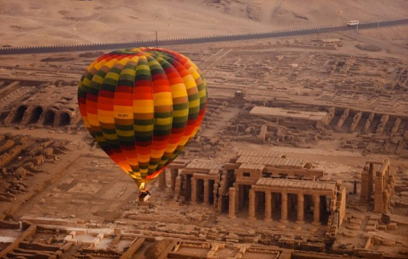 Soma Bay: Day Trip to Luxor with Air Balloon Ride