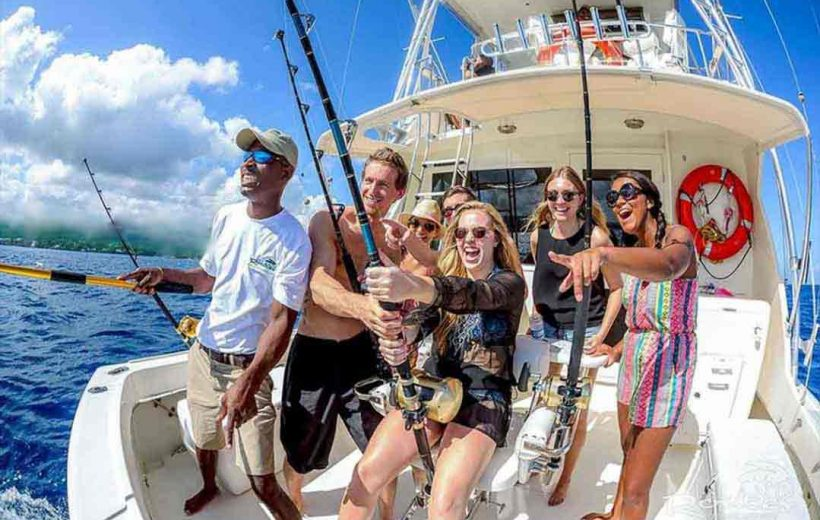 Hurghada: Fishing Boat Trip with Lunch and Snorkeling