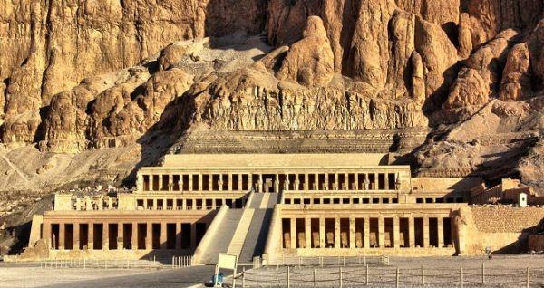 TEMPLE OF QUEEN HATSHEPSUT  Luxor
