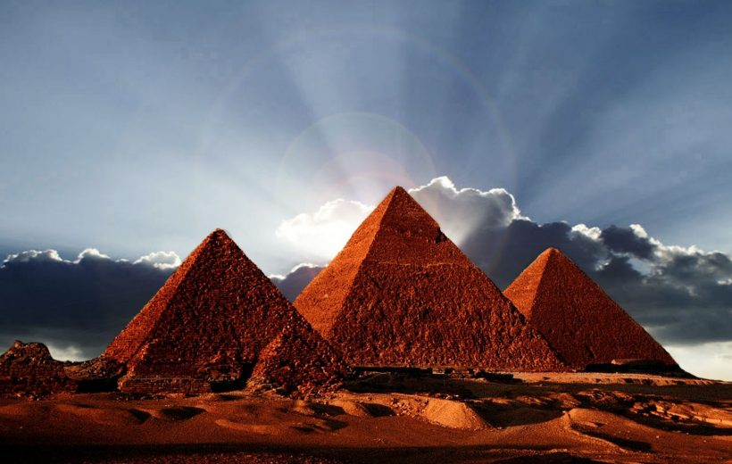 Cairo: Pyramids of Giza, Sphinx, Saqqara, Memphis & Lunch
